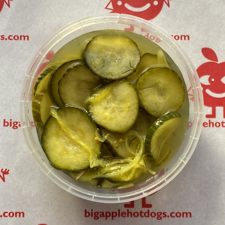 """De Luxe """"Bread & Butter"""" Pickled Cucumber Slices - Hand-crafted in Great Britain"""